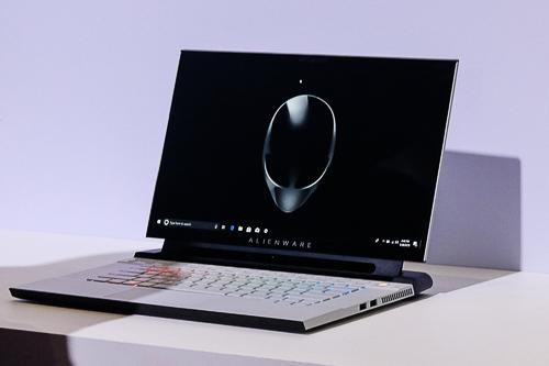 Hai mẫu Alienware m15, m17 mới 2019 của DELL