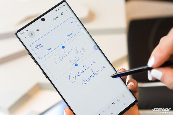Không phải camera hay màn hình, đây mới là tính năng khiến mọi người tán thưởng ngay trong buổi ra mắt Galaxy Note10