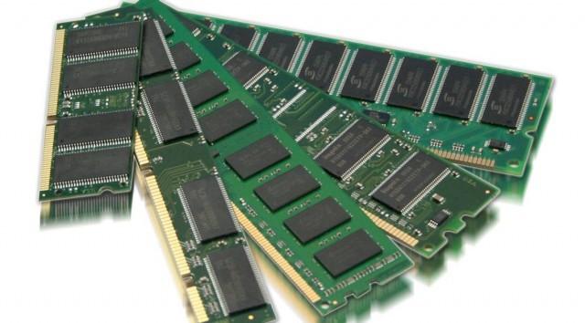 tại sao CPU và RAM máy tính không được đóng gói chung với nhau?