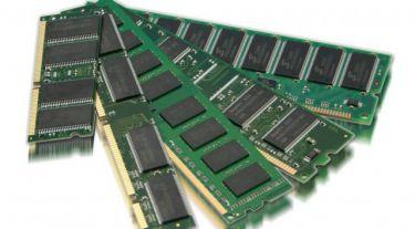 Tại sao CPU và RAM không được đóng gói chung với nhau để tăng tốc độ xử lý ?