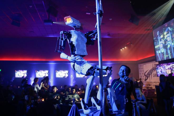 Từ robot múa cột đến ghế massage Lamborghini, đây là 29 sản phẩm cực chất tại CES 2019 - Ảnh 30.