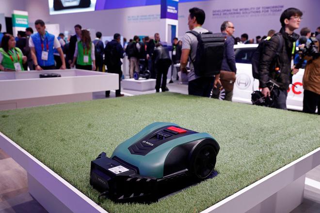 Từ robot múa cột đến ghế massage Lamborghini, đây là 29 sản phẩm cực chất tại CES 2019 - Ảnh 14.