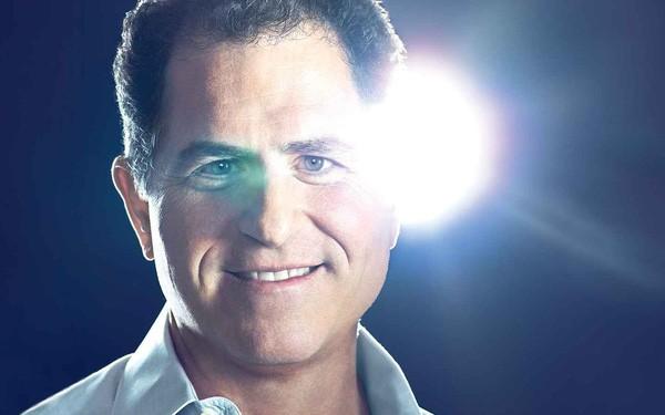 Chân dung nhà sáng lập hãng Dell: Tỷ phú Do Thái máu kinh doanh từ bé, trái lời bố mẹ bỏ trường Y để khởi nghiệp - Ảnh 1.
