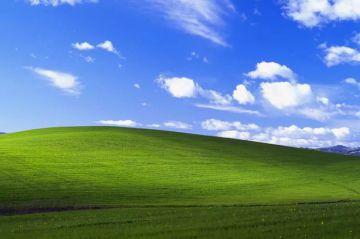 Microsoft bất ngờ tung bản vá bảo mật cho Windows XP, ...