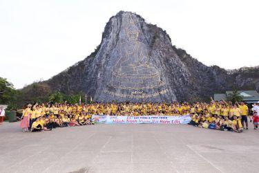 """Chính Nhân chi """"khủng"""" cho hơn 200 nhân viên du lịch Thái Lan"""