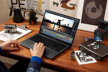 """ASUS """"Chơi lớn"""" với dòng sản phẩm VivoBook phổ thông hoàn toàn mới"""