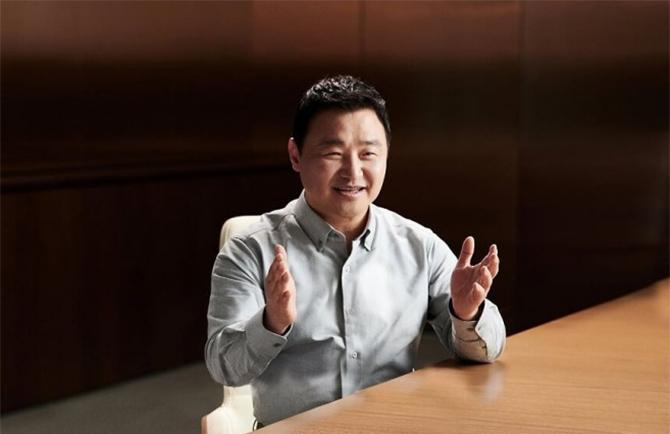 Ông Tae-moon Roh, Giám đốc điều hành mảng thiết bị di động của Samsung.